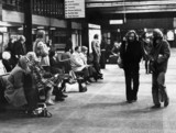 Pasengers waiting for a delayed train, Manchester Piccadilly, 4 January 1976.