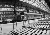 Peak locomotive sat in a deserted Manchester Piccadilly, 30 June 1968.