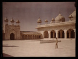 'Pearl Mosque and Librarian, Agra fort, India', 1914.