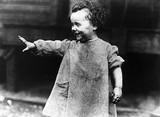 Slum child, New York, c 1908-1918.