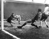 Bob Wilson lets in a goal from John Toshack, 30 January 1971.
