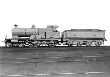 Midland Railway Class 4 4-4-0 Compound steam locomotive No 2632