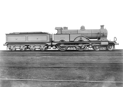 Midland Railway Class 4 4-4-0 Compound steam locomotive No 2632, as built at the Derby Works, January 1902.