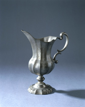 Fluted pewter jug, probably Italian, 18th or 19th century.