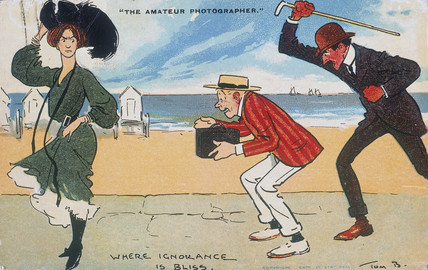 'The Amateur Photographer - Where Ignorance is Blis', postcard, c 1900.