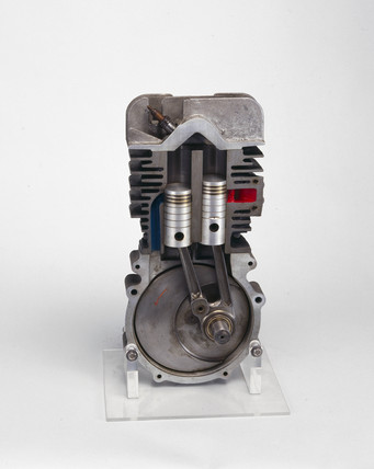 Ehrlich two-stroke motorcycle engine, 1946.