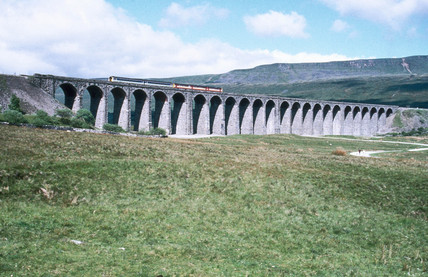 Class 156 Metro-Cammell Super Sprinter diesel multiple unit crossing Ribblehead Viaduct on the Settle to Carlisle line, 14 June 1994.