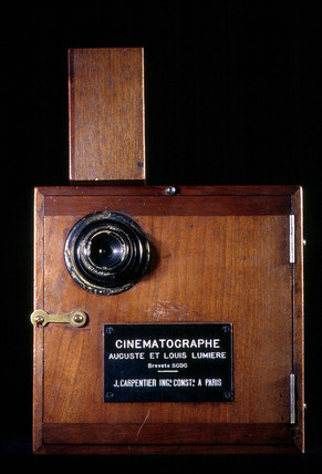 Lumiere Cinematographe no 8, 1896.