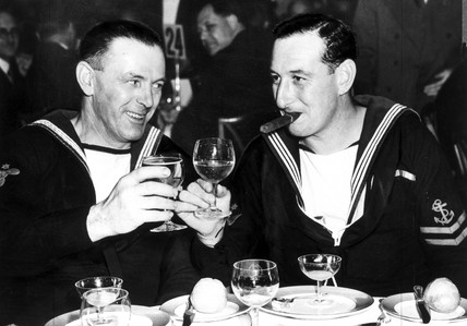 Sailors attend luncheon at Dorchester Hotel
