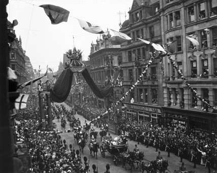 Edward VII's coronation procesion, London, 2 August 1902.