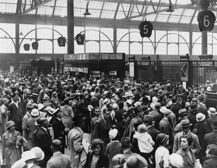 Crowds at Waterloo Station, London, 5 August 1933.