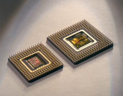 Intel 486 and Pentium microprocesors, 1989 and 1992.