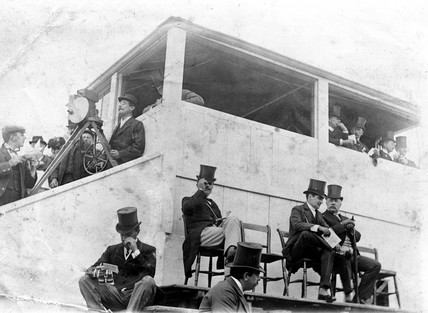 Birt Acres filming the Derby, Surrey, 29 May 1895.