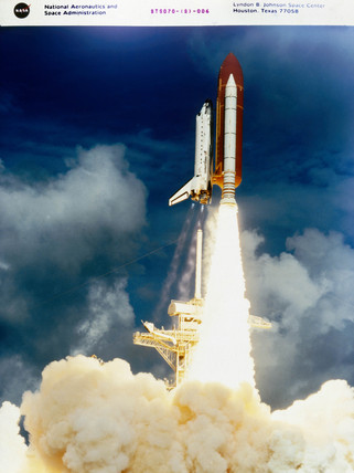 Discovery Space Shuttle taking off at Kennedy Space Center, USA, 1995.