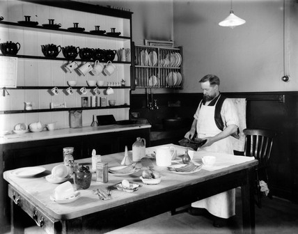 The kitchen of the enginemen's hostel at Stratford in East London, c 1911.