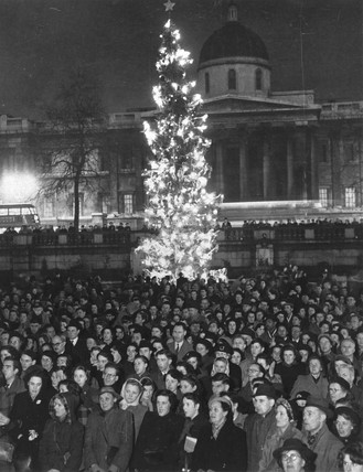 Carols in Trafalgar Square, London, 20 December 1950.