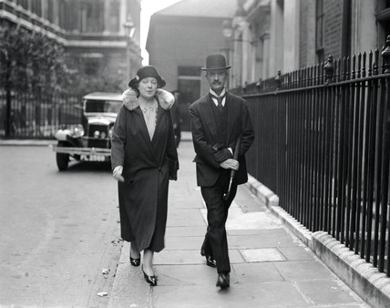Mr and Mrs Chamberlain arriving at Downing Street, 19 September 1931.
