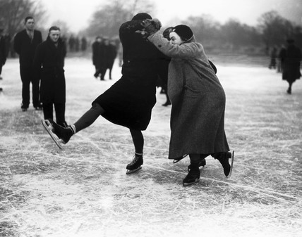 Women ice skating, Wimbledon, London, 27 January 1932.