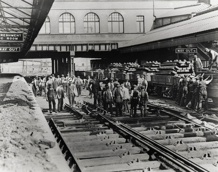 Gang of railway workers, Bolton station, Lancashire, 18th August 1914.