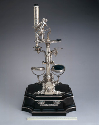 'New Universal' microscope, c 1763.