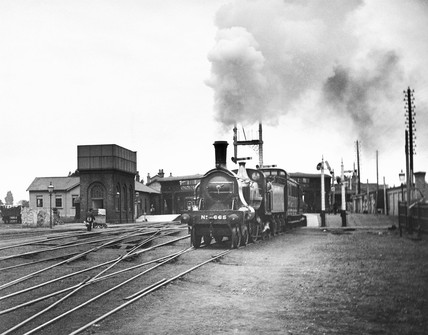 Great Northern Railway 4-2-2 steam locomoti