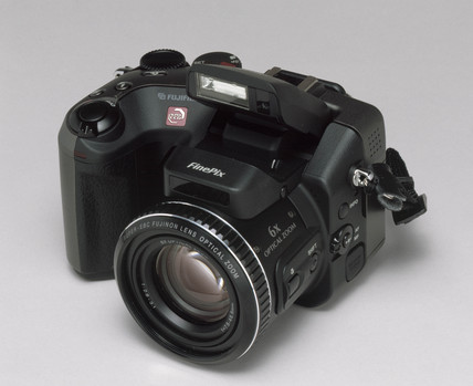 Fuji 'FinePix S602' digital camera, 2002.