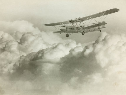 HP42 G-AAXC 'Heracles' en route to Paris, 1933.