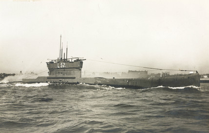 The L52 submarine, early 20th century.