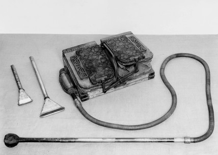 'Griffith' foot-operated vacuum cleaner, 1905.
