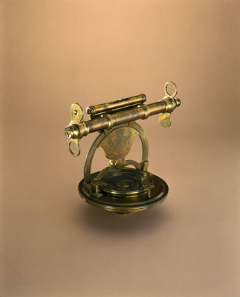 Theodolite, early 18th century.