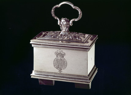 Lodestone in silver case with keeper, 1762.