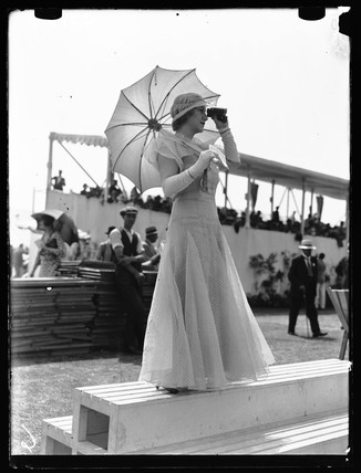 Henley Royal Regatta fashions, 1933.