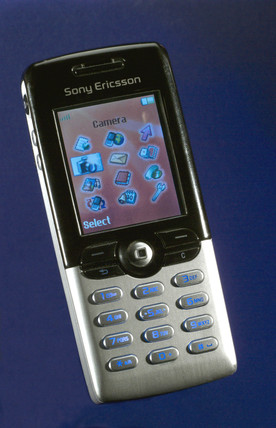 Sony Ericsson T610 mobile 'phone, 2003.
