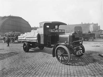 Lorry at Paddington goods yard, London, 1925.