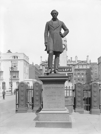 Robert Stephenson's statue at Euston station, London, 1925.