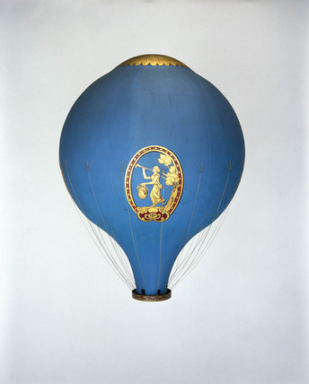 The Montgolfier hot air balloon 'Le Fleselles', 1784.