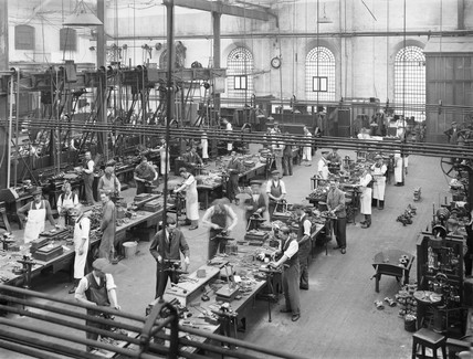 Manufacturing small parts in the wagon shop at Wolverton works, c 1928.