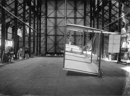Cody aeroplane No1showing struts and wing profile, 1908.