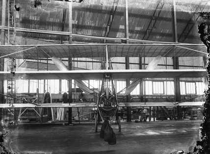 Cody aeroplane No1, front view after completion, 1908.