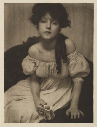 Portrait of  Evelyn Nesbit, 1902.