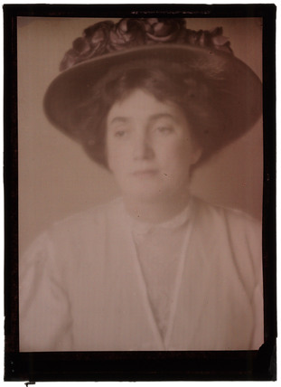 'Portrait of a Woman', 1908.