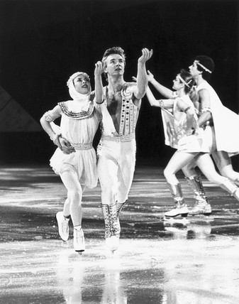 Torvill and Dean, British ice-skaters, on their world tour, 1985.