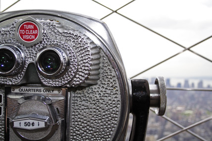 Viewer, top of the Empire State Building, New York, USA, 2005.