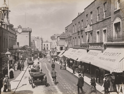 Street Scene London Late 19th Early 20th Century At