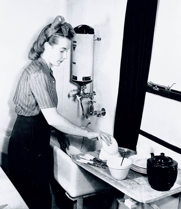 Washing-up, 19 December 1942.