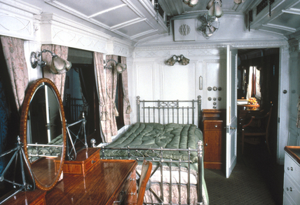 King's bedroom on the London & North Western Railway Royal Train, c 1916.