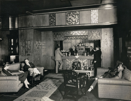 Cathay lounge on the 'Empress of Britain', c 1934.