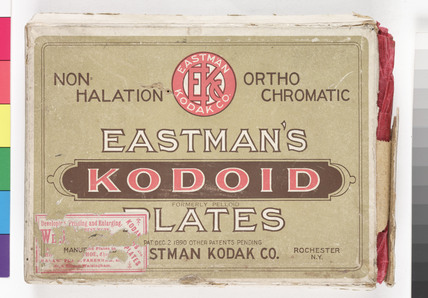 Eastman's 'Kodoid' photographic plates, c 1905.