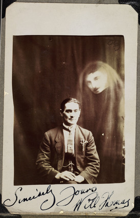 Will Thomas with an unidentified 'spirit', c 1920.