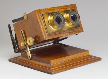 Achromatic stereoscope, 1865-1875.
